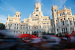 The peloton speed around Madrid during the final Stage 21 of the 2017 La Vuelta, running 117.6km from Arroyomolinos to Madrid, Spain. 10th September 2017.<br /> Picture: Unipublic/&copy;photogomezsport | Cyclefile<br /> <br /> <br /> All photos usage must carry mandatory copyright credit (&copy; Cyclefile | Unipublic/&copy;photogomezsport)