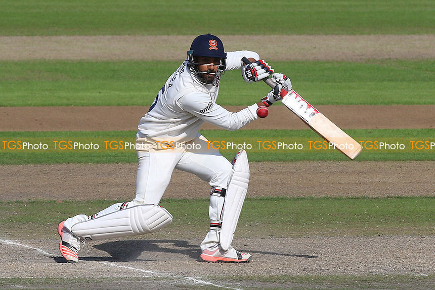 Ravi Bopara in batting action for Essex - Lancashire CCC vs Essex CCC - LV County Championship Division Two Cricket at Emirates Old Trafford, Manchester - 08/07/15 - MANDATORY CREDIT: Gavin Ellis/TGSPHOTO