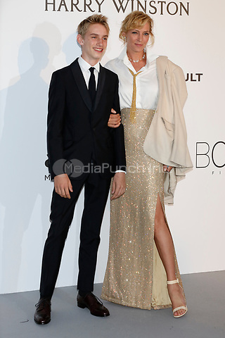 Levon Roan Thurman-Hawke and Uma Thurman at the amfAR Gala Cannes 2017 at Hotel du Cap-Eden-Roc on May 25, 2017 in Cap d'Antibes, France. Credit: John Rasimus /MediaPunch ***FRANCE, SWEDEN, NORWAY, DENARK, FINLAND, USA, CZECH REPUBLIC, SOUTH AMERICA ONLY***