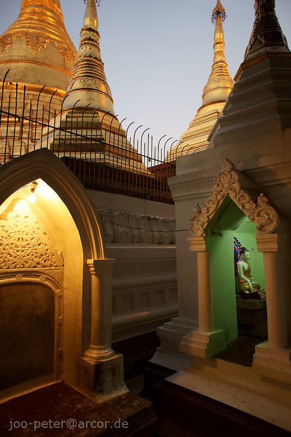 Naungdawgyi-Pagode area  in the northeast of Shwedagon pagoda complex, Yangon, Myanmar, 2011