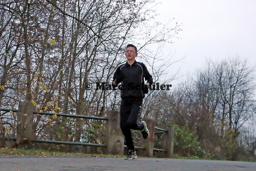 Elias Funk (14) beim Training in Büttelborn