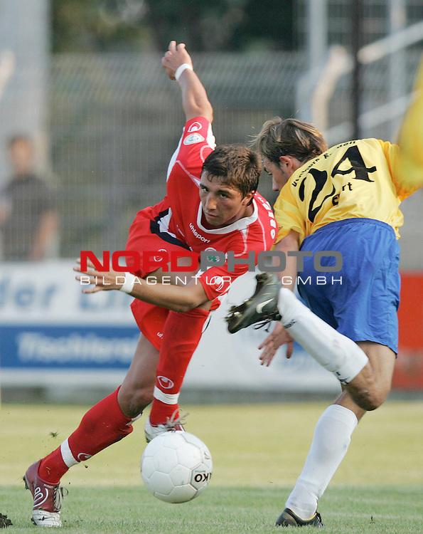 RLN 05 / 06 - 10. Spieltag<br /> <br /> Kickers Emden vs. Rot-Weiss Oberhausen<br /> <br /> <br /> <br /> Danijel Gataric (links) von Oberhausen im Zweikampf mit Dennis Ewert (rechts) von Emden.<br /> <br /> <br /> <br /> Foto &copy; nordphoto <br /> <br /> <br /> <br />  *** Local Caption *** Foto ist honorarpflichtig! zzgl. gesetzl. MwSt.<br /> <br />  Belegexemplar erforderlich