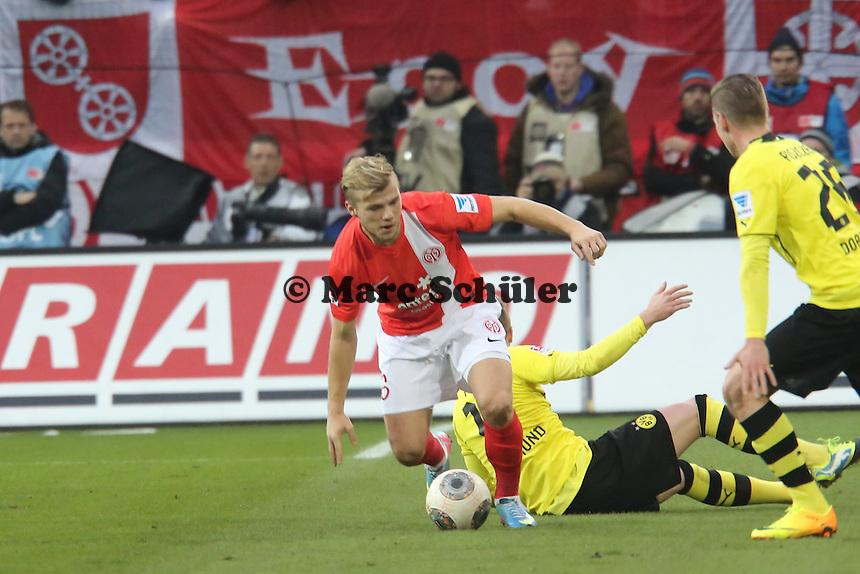 Johannes Geis (Mainz) setzt sich durch - 1. FSV Mainz 05 vs. Borussia Dortmund, Coface Arena, 14. Spieltag