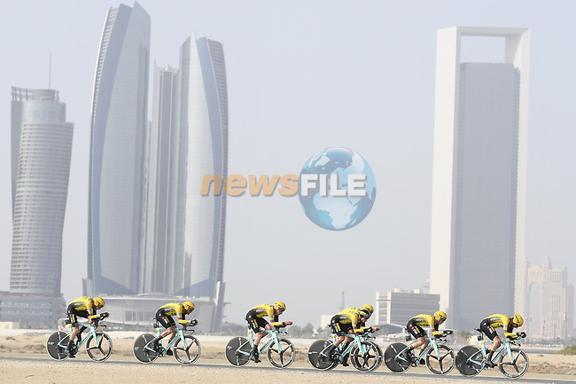 Team Jumbo-Visma motor along during Stage 1 of the 2019 UAE Tour, a team time trial running 16km around Al Hudayriat Island, Abu Dhabi, United Arab Emirates. 24th February 2019.<br /> Picture: LaPresse/Fabio Ferrari | Cyclefile<br /> <br /> <br /> All photos usage must carry mandatory copyright credit (© Cyclefile | LaPresse/Fabio Ferrari)