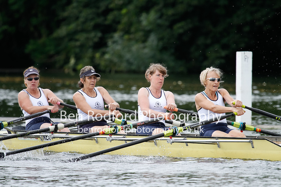 W.MasE.4x- QF -  Berks: 204 San Diego RC (USA) -  Bucks: 205 Henley RC<br /> <br /> Friday - Henley Masters Regatta 2016<br /> <br /> To purchase this photo, or to see pricing information for Prints and Downloads, click the blue 'Add to Cart' button at the top-right of the page.