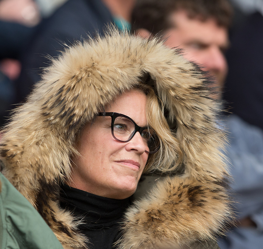 Photographer James Williamson/CameraSport<br /> <br /> The Premier League - Southampton v Burnley - Sunday 16th October 2016 - St Mary's Stadium - Southampton<br /> <br /> World Copyright &copy; 2016 CameraSport. All rights reserved. 43 Linden Ave. Countesthorpe. Leicester. England. LE8 5PG - Tel: +44 (0) 116 277 4147 - admin@camerasport.com - www.camerasport.comBurnley fans at Southampton