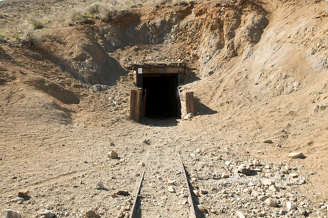 Burro Schmidt Tunnel entrance