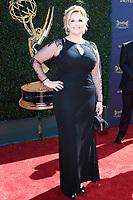 PASADENA - APR 30: Trisha Yearwood at the 44th Daytime Emmy Awards at the Pasadena Civic Center on April 30, 2017 in Pasadena, California