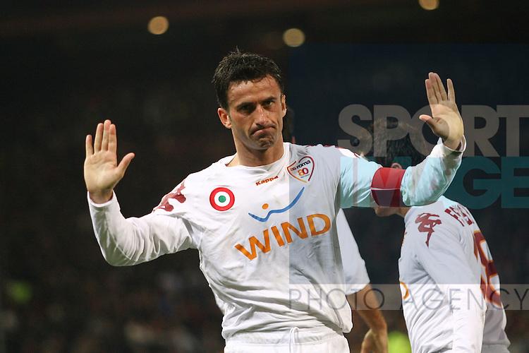 Christian Panucci of Roma celebrates scoring a goal