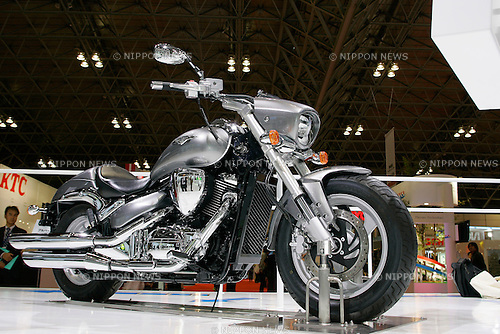 Suzuki Boulevard 400 on display during the first press day for the 41th Tokyo Motor Show, 21 October 2009 in Tokyo (Japan). The TMS will be open for the public from 23 October 2007 to 4 November 2009.