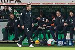 01.12.2018, Weserstadion, Bremen, GER, 1.FBL, Werder Bremen vs FC Bayern Muenchen<br /> <br /> DFL REGULATIONS PROHIBIT ANY USE OF PHOTOGRAPHS AS IMAGE SEQUENCES AND/OR QUASI-VIDEO.<br /> <br /> im Bild / picture shows<br /> Florian Kohfeldt (Trainer SV Werder Bremen) w&uuml;tend in der Nachspielzeit in Coachingzone / an Seitenlinie, <br /> <br /> Foto &copy; nordphoto / Ewert