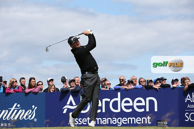 Graeme McDowell (NIR) plays to the 17th during the First Round of the 2015 Aberdeen Asset Management Scottish Open, played at Gullane Golf Club, Gullane, East Lothian, Scotland. /09/07/2015/. Picture: Golffile | David Lloyd<br /> <br /> All photos usage must carry mandatory copyright credit (&copy; Golffile | David Lloyd)