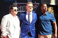 LOS ANGELES - OCT 6:  Josh Gad, Kenneth Branagh, Leslie Odom Jr at the ceremony honoring Kenneth Branagh with hand and foot prints at the TCL Chinese Theater IMAX on October 6, 2017 in Los Angeles, CA