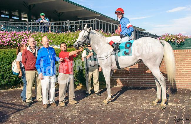 Hiram winning at Delaware Park on 10/14/15