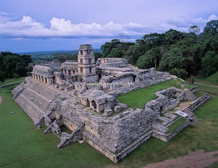 Ancient Cultures; Americas; Maya; Palenque; Mexico; Chiapas; Palace; Scenic