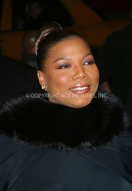 "Queen Latifah arrives at the special screening of ""Chicago."" New York, December 18, 2002. Please byline: NY Photo Press. REF: M19 -- THIS REFERENCE CODE MUST APPEAR ON YOUR SALES REPORT, THANK YOU.....*PAY-PER-USE*      ....NY Photo Press:  ..phone (646) 267-6913;   ..e-mail: info@nyphotopress.com"