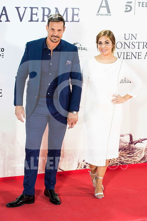"Leire Martinez and his husband Jacobo Bustamante during the premiere of the spanish film ""Un Monstruo Viene a Verme"" of J.A. Bayona at Teatro Real in Madrid. September 26, 2016. (ALTERPHOTOS/Borja B.Hojas)"