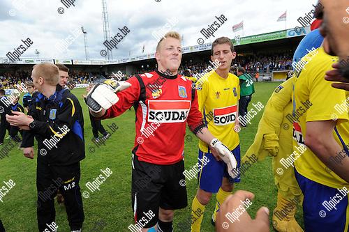 2014-04-27 / Voetbal / seizoen 2013-2014 / KVC Westerlo kampioen in tweede klasse /  Doelman Koen Van Langendonck<br /><br />Foto: mpics.be