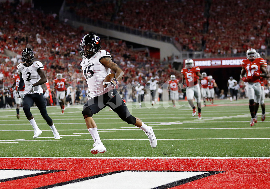 Cincinnati Bearcats wide receiver Chris Moore (15) scores a 78-yard touchdown during the third quarter of the NCAA football game at Ohio Stadium in Columbus on Sept. 27, 2014. (Adam Cairns / The Columbus Dispatch)