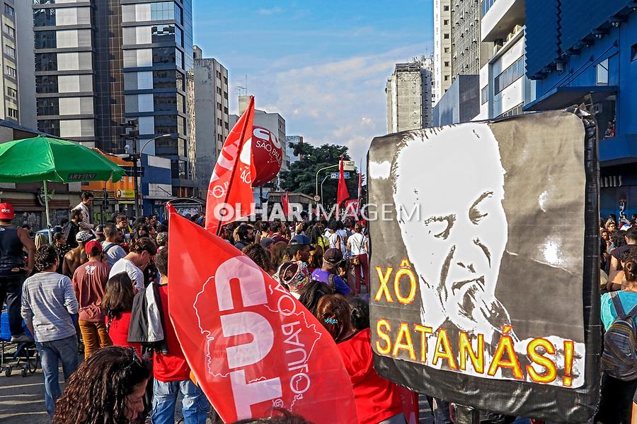 Passeata do Primeiro de Maio da CUT na rua da Consolaçao, São Paulo. 2017. Fotos de Juca Martins.