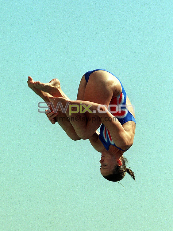 Pix: Matthew Lewis/SWpix.com. Diving. 10th Fina World Championships 2003, Barcelona. 20/07/2003...COPYRIGHT PICTURE>>SIMON WILKINSON>>01943 436649>>..Great Britain's Jane Smith.