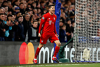 25th February 2020; Stamford Bridge, London, England; UEFA Champions League Football, Chelsea versus Bayern Munich; Robert Lewandowski of Bayern Munich shouting in anger after Goalkeeper Wilfredo Caballero of Chelsea intercepts the through ball