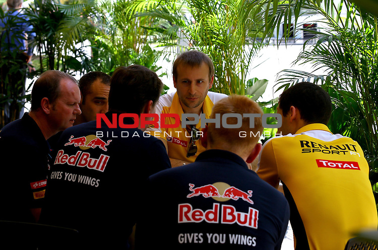 27.03.2011, Sepang-International-Circuit, Malaysia, MAL , Gro&szlig;er Preis von Malaysia / Kuala Lumpur, Vorbericht, im Bild<br /> <br />  Scuderia Toro Rosso - Renault<br /> for the complete Middle East, Austria &amp; Germany Media usage only!<br />  Foto &copy; nph / Mathis