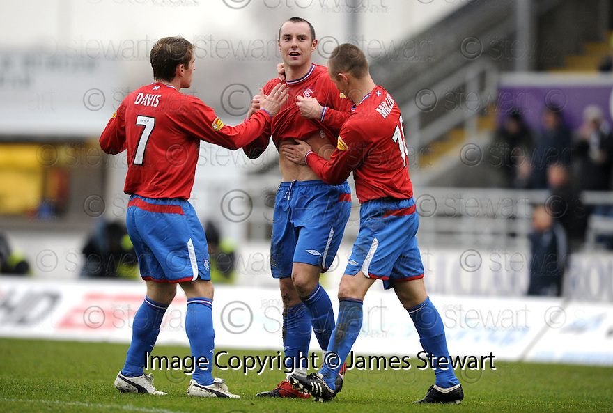 05/12/2009  Copyright  Pic : James Stewart.sct_jspa04_falkirk_v_rangers  . :: KRIS BOYD AND KENNY MILLER REACT TO FALKIRK CHANTS AS BOYD CELEBRATES AFTER HE SCORES THE FIRST FOR RANGERS :: .James Stewart Photography 19 Carronlea Drive, Falkirk. FK2 8DN      Vat Reg No. 607 6932 25.Telephone      : +44 (0)1324 570291 .Mobile              : +44 (0)7721 416997.E-mail  :  jim@jspa.co.uk.If you require further information then contact Jim Stewart on any of the numbers above.........