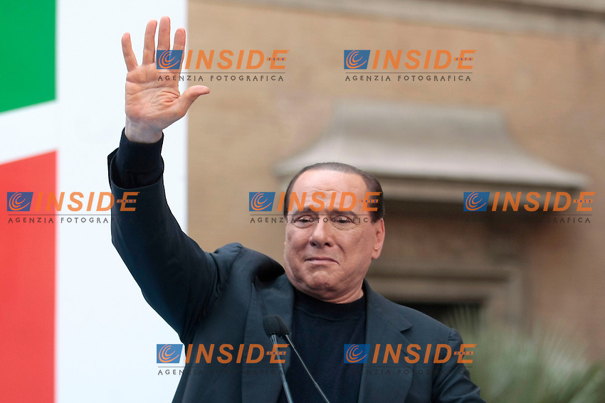 Silvio Berlusconi commosso<br /> Roma 04/08/2013 Palazzo Grazioli. Manifestazione del Popolo di Silvio contro la sentenza della Cassazione sul processo Mediaset che lo ha condannato.<br /> Demostration against the sentence of the Court of Law that sentenced Silvio Berlusconi to four years.<br /> Photo Samantha Zucchi Insidefoto