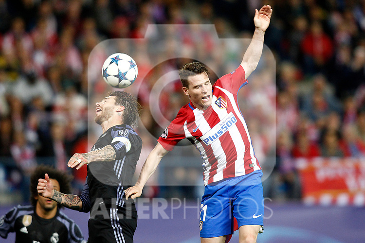 Atletico de Madrid's Kevin Gameiro (r) and Real Madrid's Sergio Ramos during Champions League 2016/2017 Semi-finals 2nd leg match. May 10,2017. (ALTERPHOTOS/Acero)