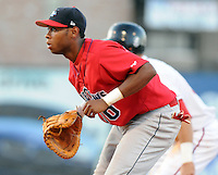 July 29, 2009: Infielder Jeremy Hamilton (10) of the Lakewood BlueClaws, Class A affiliate of the Philadelphia Phillies, in a game at Fluor Field at the West End in Greenville, S.C. Photo by: Tom Priddy/Four Seam Images