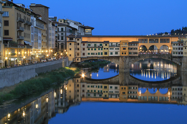 Arno River and Pont Vecchio, Florence, Italy. .  John offers private photo tours in Denver, Boulder and throughout Colorado, USA.  Year-round. .  John offers private photo tours in Denver, Boulder and throughout Colorado. Year-round.