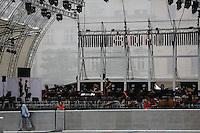 World Youth day Krakow 2016<br /> Una suora osserva il palco dei concerti