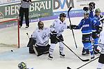 Torwart Andreas Jenike (Nr.29, Thomas Sabo Ice Tigers), Patrick Koeppchen (Nr.5, Thomas Sabo Ice Tigers), Brett Olson (Nr.16, ERC Ingolstadt), John Laliberte (Nr.15, ERC Ingolstadt) beim Spiel in der DEL, ERC Ingolstadt (blau) - Nuernberg Ice Tigers (weiss).<br /> <br /> Foto &copy; PIX-Sportfotos *** Foto ist honorarpflichtig! *** Auf Anfrage in hoeherer Qualitaet/Aufloesung. Belegexemplar erbeten. Veroeffentlichung ausschliesslich fuer journalistisch-publizistische Zwecke. For editorial use only.