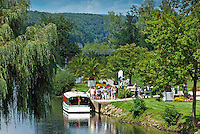 Germany, Bavaria, Lower Franconia, Bad Kissingen: boat trip at river Franconian Saale from Rose Garden to Saline | Deutschland, Bayern, Unterfranken, Bad Kissingen: Bootsfahrt auf der Fraenkischen Saale vom Rosengarten zur Saline