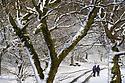 28/01/120<br /> <br /> Hikers on Mam Tor, near Castleton in the Derbyshire Peak District..<br /> <br /> <br /> All Rights Reserved: F Stop Press Ltd.  <br /> +44 (0)7765 242650 www.fstoppress.com