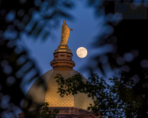 June 7, 2017; Dome and moon (Photo by Matt Cashore/University of Notre Dame)