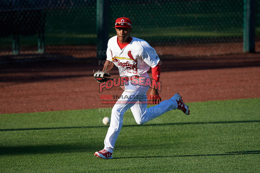 Springfield Cardinals left fielder Magneuris Sierra (29) fields a hit down the line during a game against the Corpus Christi Hooks on May 30, 2017 at Hammons Field in Springfield, Missouri.  Springfield defeated Corpus Christi 4-3.  (Mike Janes/Four Seam Images)