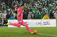 BOGOTA - COLOMBIA -25-02-2017: Franco Armani, porter de Atletico Nacional, en acción durante partido entre La Equidad y Atletico Nacional, por la fecha 5 de la Liga Aguila I-2017, jugado en el estadio Nemesio Camacho El Campin de la ciudad de Bogota. / Franco Armani, goalkeeper of Atletico Nacional, in action during a match between La Equidad and Atletico Nacional, for the date 5 of the Liga Aguila I-2017 at the Nemesio Camacho El Campin Stadium in Bogota city, Photo: VizzorImage  / Luis Ramirez / Staff.