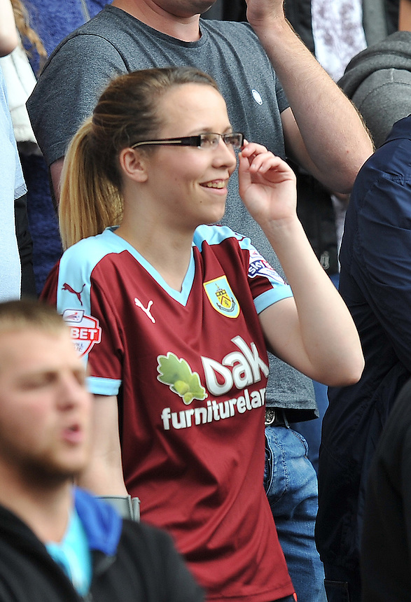 Fans<br /> <br /> Photographer Dave Howarth/CameraSport<br /> <br /> Football - The Football League Sky Bet Championship - Burnley v Brentford - Saturday 22nd August 2015 - Turf Moor - Burnley<br /> <br /> &copy; CameraSport - 43 Linden Ave. Countesthorpe. Leicester. England. LE8 5PG - Tel: +44 (0) 116 277 4147 - admin@camerasport.com - www.camerasport.com
