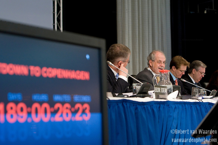 The opening session of the AWG-LCA at the United Nations Climate Talks in Bonn Germany (©Robert vanWaarden)