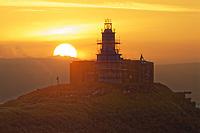 2019 09 14 The sun rises over Mumbles Lighthouse near Swansea, Wales, UK