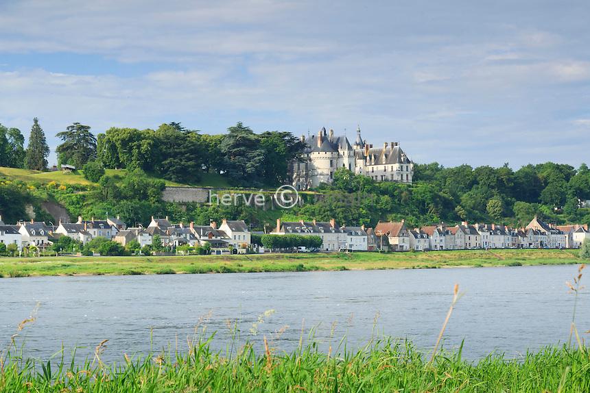 France, Loir-et-Cher (41), Chaumont-sur-Loire en bord de Loire // France, Loir-et-Cher, Chaumont sur Loire and the Loire River