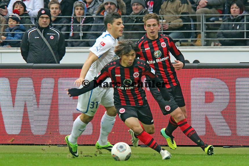 Takashi Inui und Bastian Oczipka (Eintracht) gegen Kevin Volland (Hoffenheim) - Eintracht Frankfurt vs. TSG 1899 Hoffenheim, Commerzbank Arena