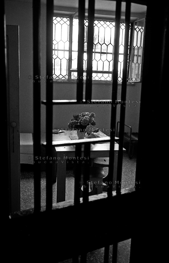 Roma Giugno 2000.Carcere di Rebibbia N.C..La sezione G8,  dove sono i Transessuali...Rome June 2000.Prison Rebibbia N.C..Section G8  where are the Transsexual.