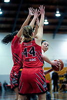 Taranaki's Lyndi Laborn in action during the 2018 Women's Basketball League match between Canterbury Wildcats and Taranaki Thunder at Cowles Stadium in Christchurch, New Zealand on Sunday, 24 June 2018. Photo: Dave Lintott / lintottphoto.co.nz