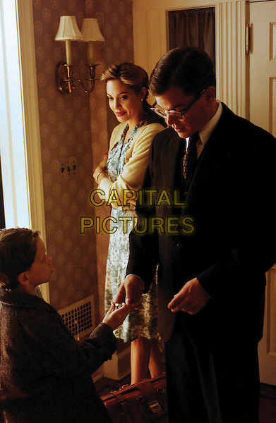 ANGELINA JOLIE, MATT DAMON & AUSTIN WILLIAMS.in The Good Shepherd .**Editorial Use Only**.CAP/FB.Supplied by Capital Pictures