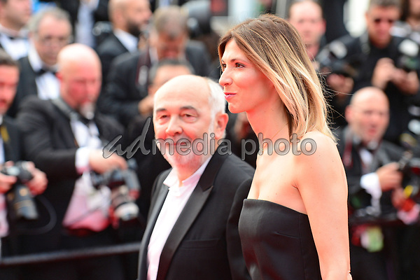 "25 May 2017 - Cannes, France - Actor Gerard Jugnot, his wife Patri Campi. ""Twin Peaks"" Premiere - The 70th Annual Cannes Film Festival. Photo Credit: Jan Sauerwein/face to face/AdMedia"