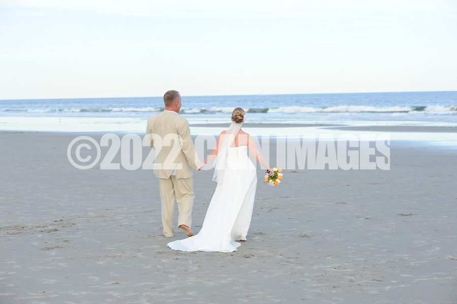 9/11/10 5:45:40 PM -- Christine & Warren --  Wildwood Crest, New Jersey -- Photo by William Thomas Cain/cainimages.com