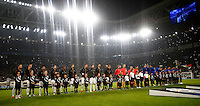 Calcio, Champions League: Gruppo H, Juventus vs Lione. Torino, Juventus Stadium, 2 novembre 2016. <br /> Juventus and Lyon teams line up prior to the start of their Champions League Group H football match at Turin's Juventus Stadium, 2 November 2016. The game ended 1-1.<br /> UPDATE IMAGES PRESS/Isabella Bonotto